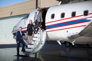 charter-jet-scottsdale-team-on-jet
