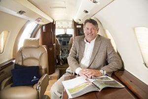 charter-jet-lance-welch-houston
