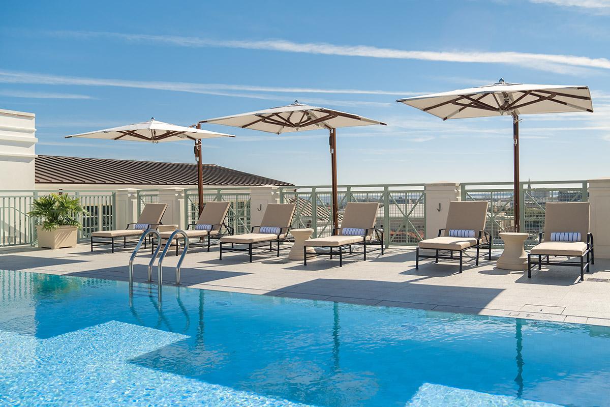 Hotel Bennett - Rooftop Pool