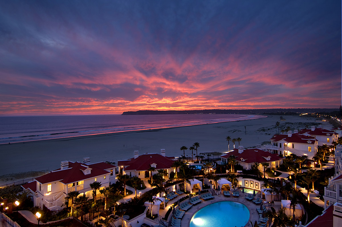 beach-village-del-property-pool-sunset-view-cakers-08-hires - Christina Deroche