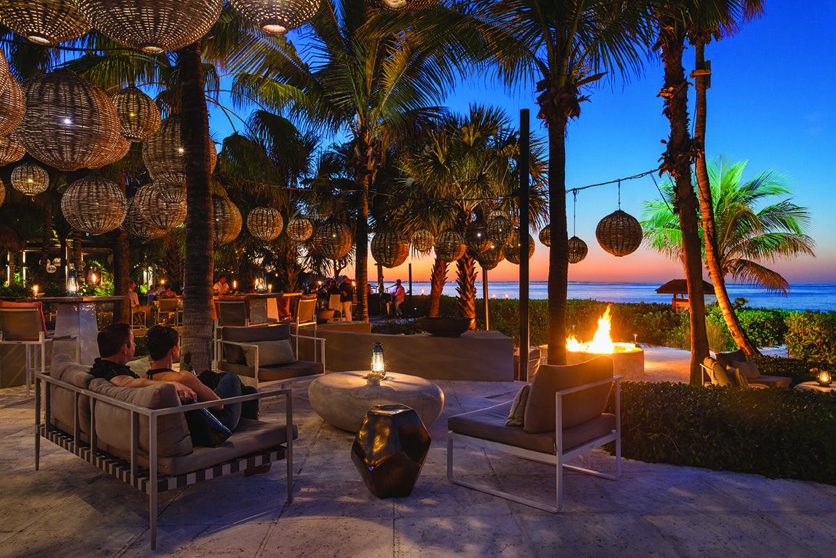 4. The Lounge - Audrey Gonzalez