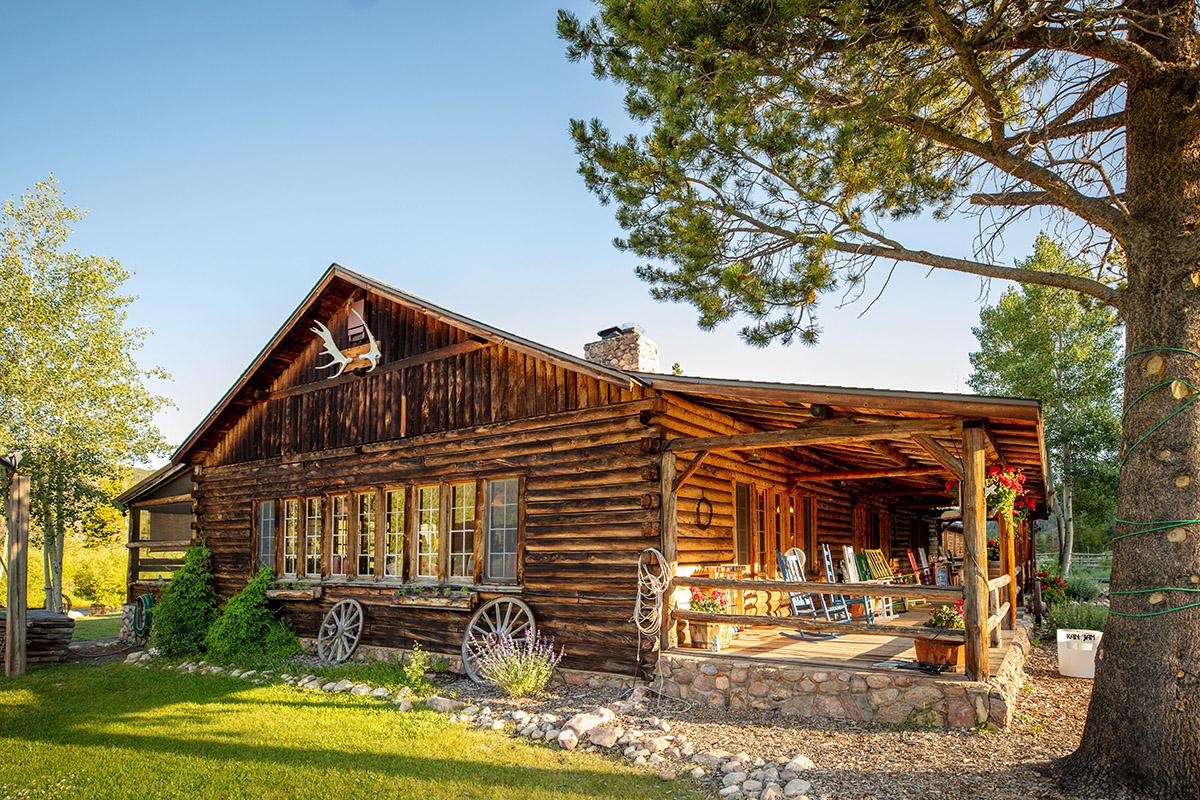 Lodge _ porch - Rawah Guest Ranch