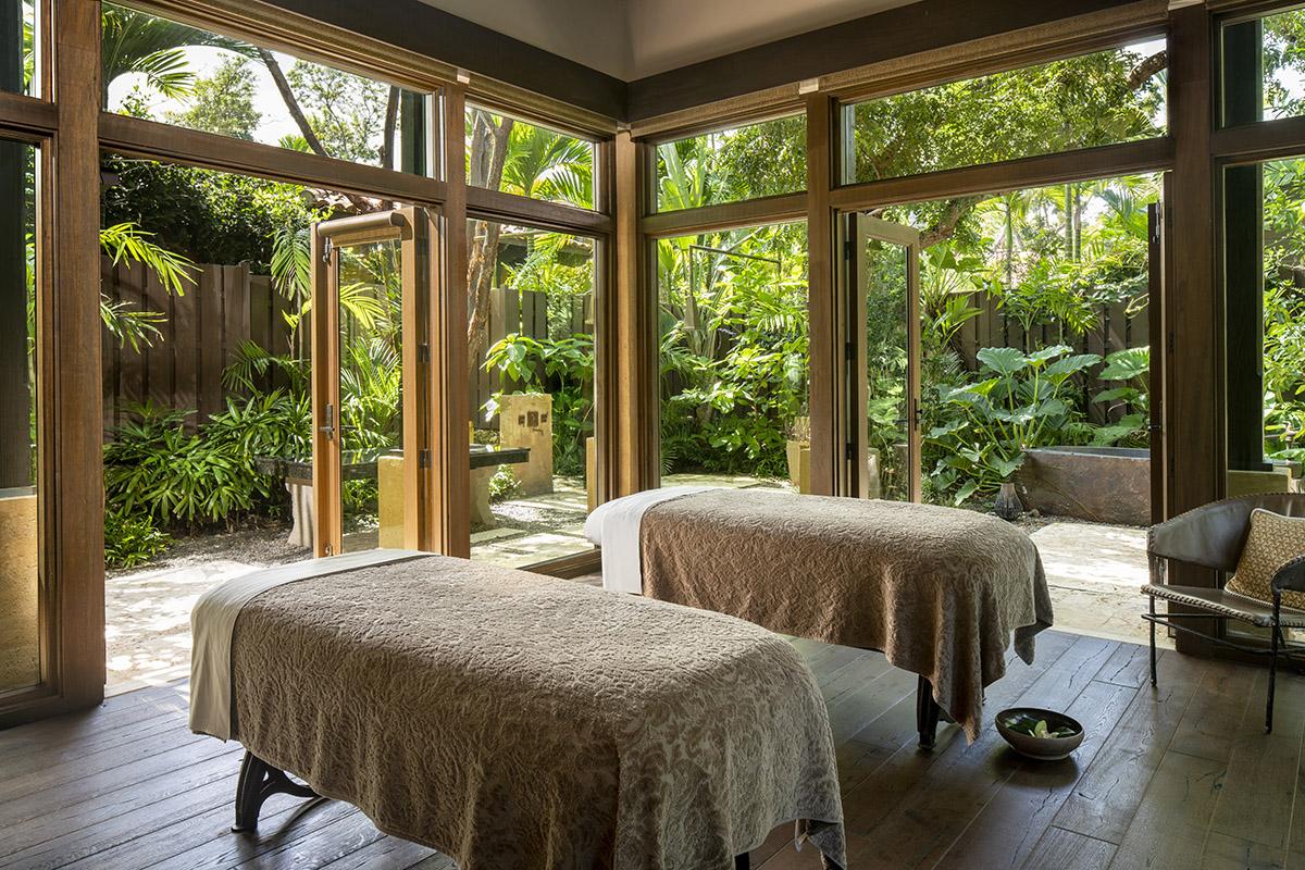 RC Dorado Bch Spa Cpl Massage v1 - Christy Russo